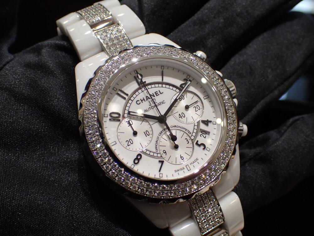大好評シャネルフェアは明日まで!夏の腕元にはシャネルの時計を☆-CHANEL -P7190721