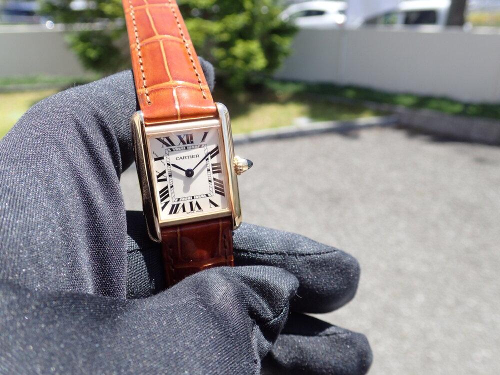 流行に左右されない名作とは? 名作タンクLCが再入荷しました-Cartier -P5240015-1