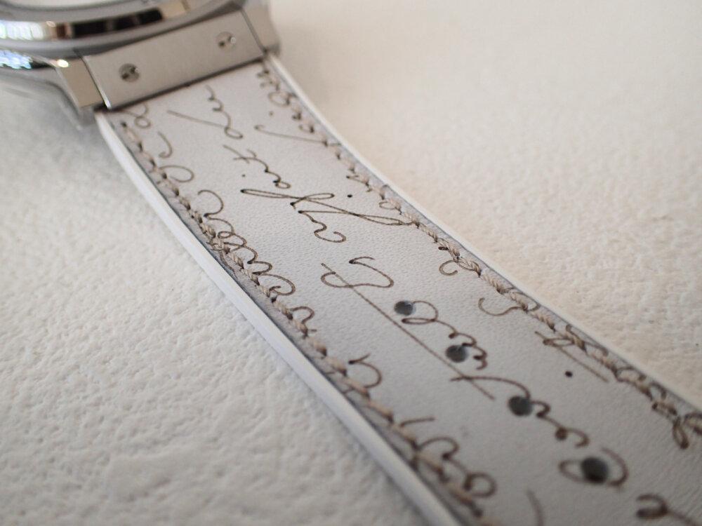 ウブロとベルルッティが融合した3針ホワイトカラーの日本限定モデルはBOXまで豪華な仕様だった-HUBLOT -PA042472