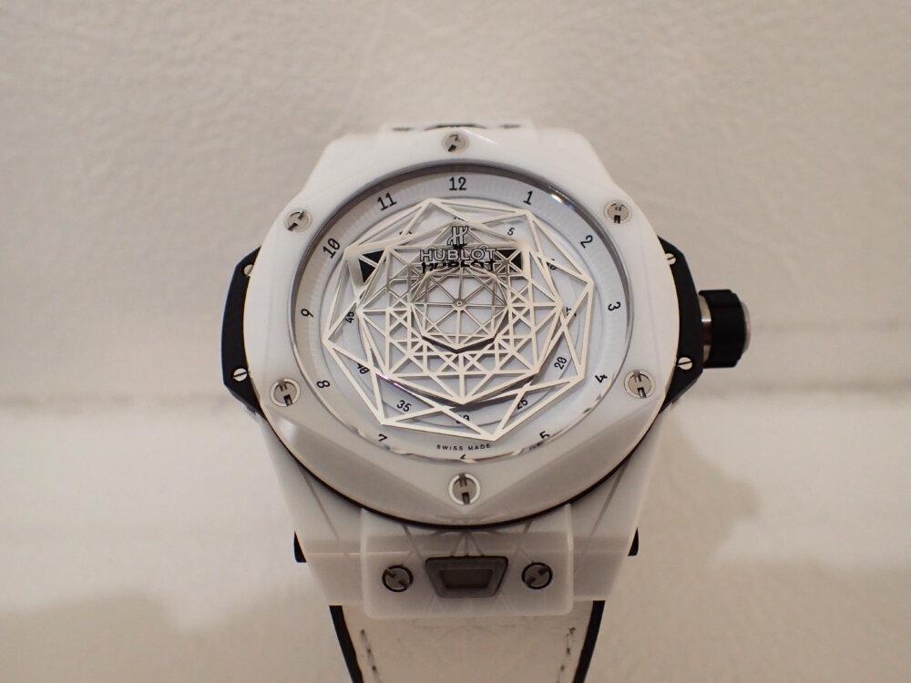 ウブロの2019年新作限定モデル「ウニコ サンブルー セラミックホワイト」のご紹介-HUBLOT -PA130072