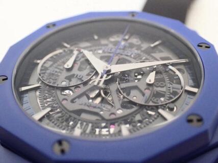 ブルーのケースを纏ったウブロの限定モデル「アエロ・フュージョン クロノグラフ オーリンスキー ブルーセラミック」