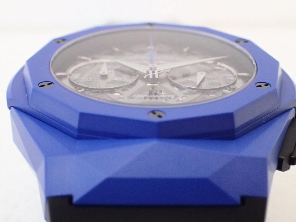ブルーのケースを纏ったウブロの限定モデル「アエロ・フュージョン クロノグラフ オーリンスキー ブルーセラミック」-HUBLOT -PA190410