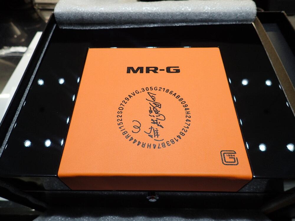 G-SHOCK MR-G奇跡の再入荷!長嶋茂雄モデルが店頭で手に取ってご覧頂けます!MRG-B1000NS-G-SHOCK -PC052251
