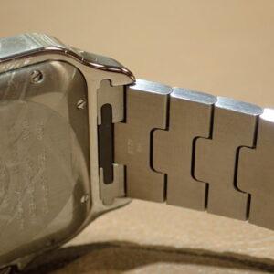 大切な方の腕のサイズわかりますか?サントスならご自身でサイズ調整できるので安心-Cartier -PC102491-300x300