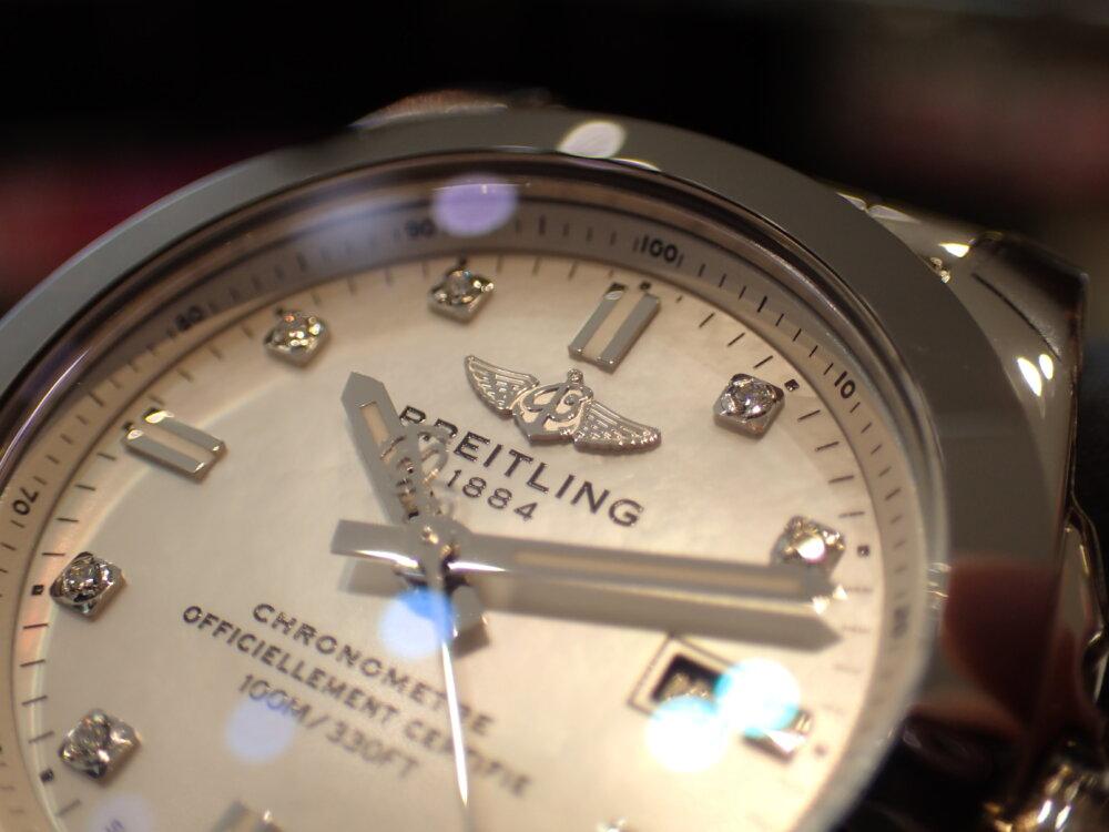 ブライトリング シェルとダイヤモンドが美しいギャラクティック29 スリークT-BREITLING -P1263923