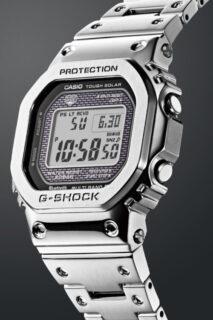 某ドラマで人気俳優も着用した、フルメタル構造のG-SHOCK GMW-B5000D-1JF