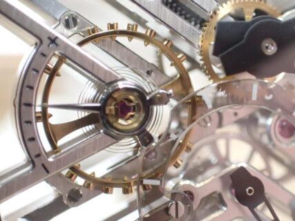 時計はどのようにして動いているのか?~機械式時計~