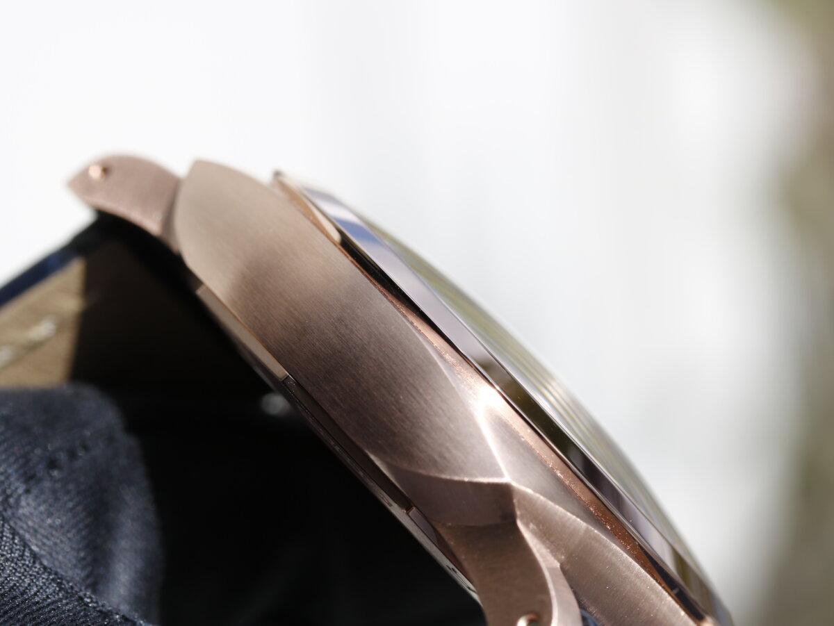 パネライ 2020年新作モデルは待望の18Kゴールドケースが追加 PAM01112 - PANERAI