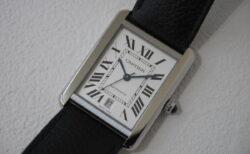 Cartier生産終了がアナウンスされたの機械式ムーメント搭載のXLサイズ
