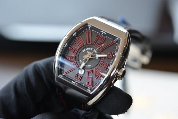 premium selection aa793 b2356 フランク・ミュラー 2015年新作 ヴァンガード | oomiya 和歌山 ...