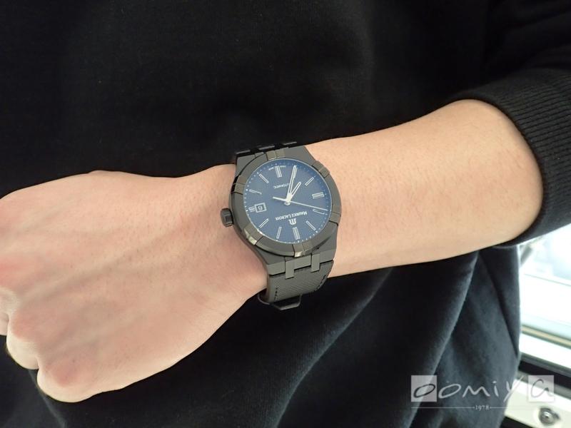 モーリス・ラクロア アイコン オートマティック ブラック AI6008-PVB01-330-1