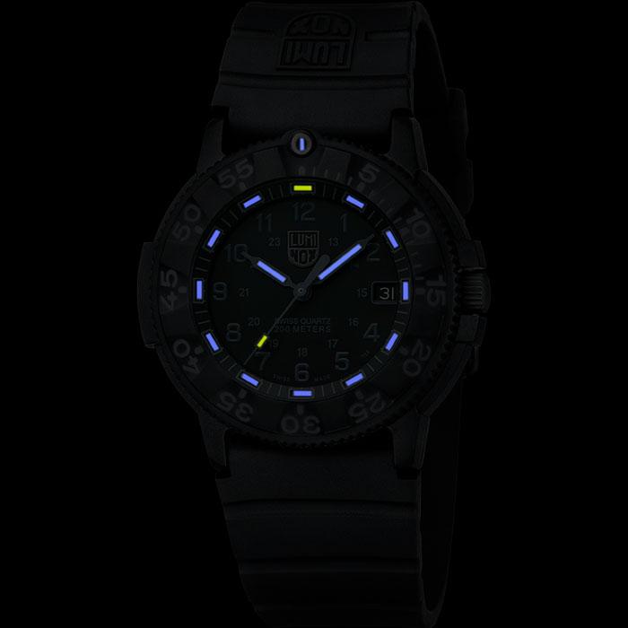 ルミノックス|ORIGINAL NAVY SEAL 3000 SERIES - 3001.Blackout