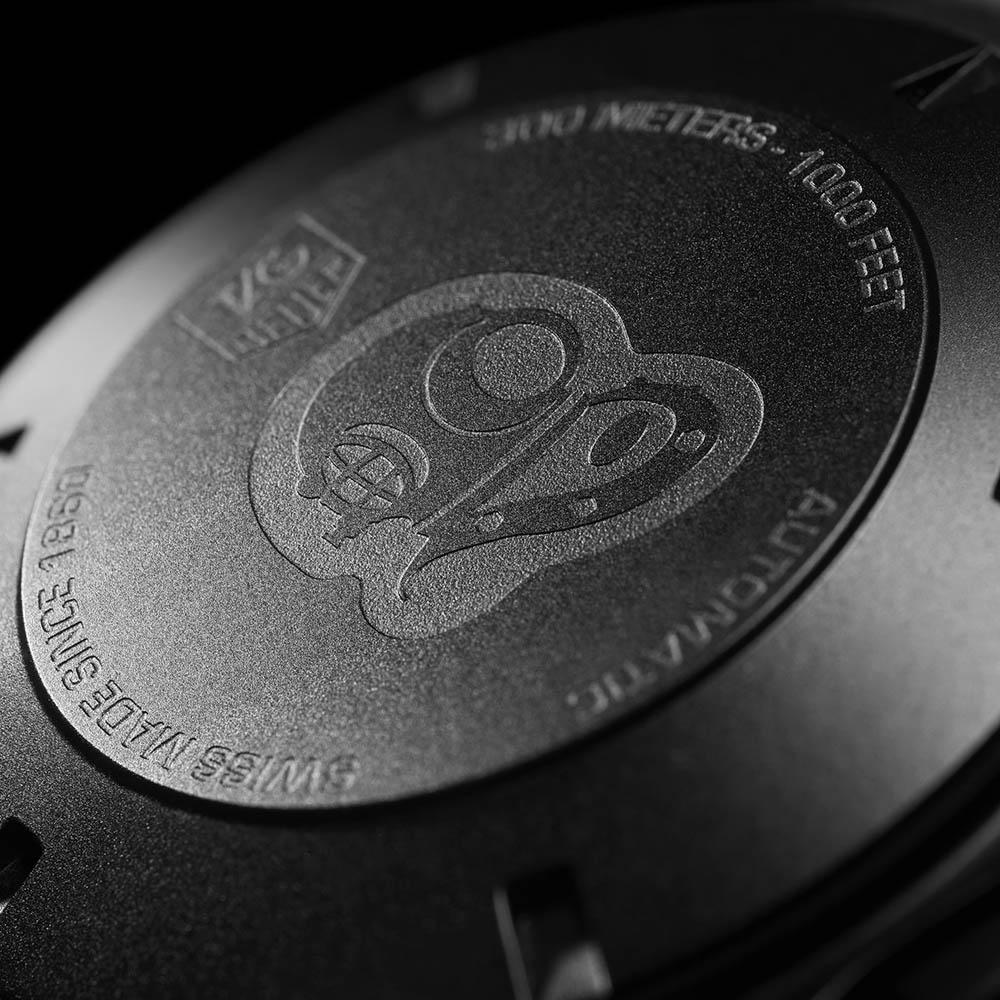 タグ・ホイヤー|アクアレーサー キャリバー16 クロノグラフ セラミック ブラックファントム CAY218B.FC6370