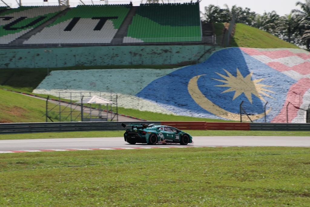 IMG_5093 ランボルギーニ・スーパートロフェオ・アジア 2019 セパン Race2|チーム和歌山 HOJUST RACING