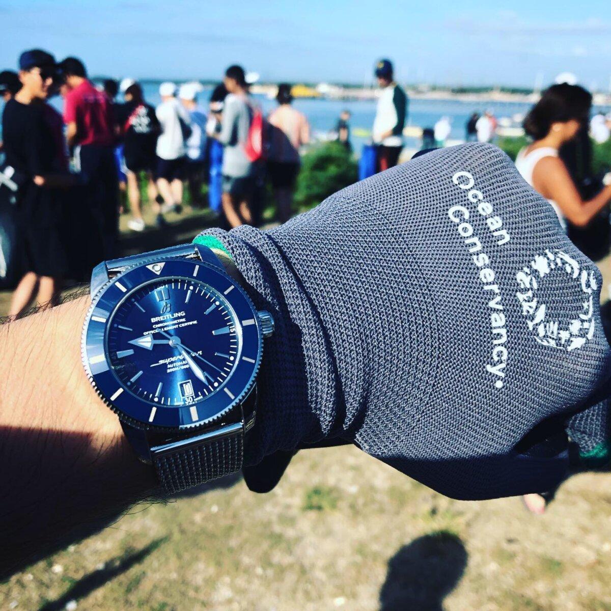 EFFFDB6B-D1C9-466A-956E-F92EA91EBFF5 腕時計は旅の特別な瞬間をより格別なものにしてくれる/ブライトリング ビーチクリーンイベント|関口 優
