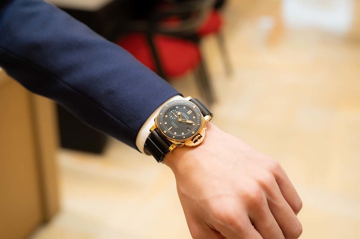 パネライ、ジャガー・ルクルト、タグ・ホイヤー...時計のプロは私物の時計をどう選んでいるの? マルちゃんの「プロの時計、見せてください」〜oomiya 心斎橋店編 - COLUMN |img_86786ec462c1da1a76896d876e25949c103446