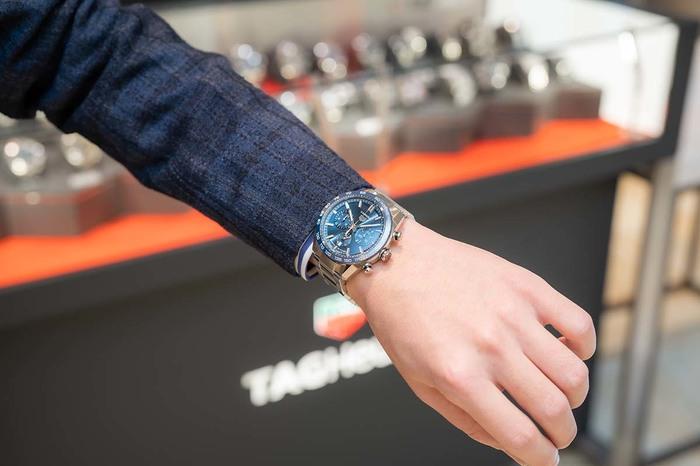 パネライ、ジャガー・ルクルト、タグ・ホイヤー...時計のプロは私物の時計をどう選んでいるの? マルちゃんの「プロの時計、見せてください」〜oomiya 心斎橋店編 - COLUMN |img_d562320d0ad8c1df854013f4bc8d4184109605